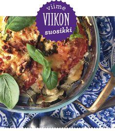 Kesäkurpitsaa, tomaatteja, fetaa, pestoa, valkosipulia ja basilikaa. Viime viikon suosituin resepti oli kesäkurpitsavuoka, joka ei voi epäonnistua.