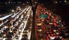 Pesquisa aponta que brasileiros querem menos carros e que 74% de nós é a favor de ações que reduzam o espaço dos veículos particulares nas ruas como ciclofaixas corredores de ônibus e calçadas para pedestres. Você já parou para pensar que essa é uma grande oportunidade para engenheiros de transporte? Descubra como aproveitar essa tendência lendo o post completo no blog  http://ift.tt/1IJoGoo