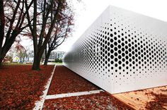 Ask any selection of architects what they think about parametric design and…