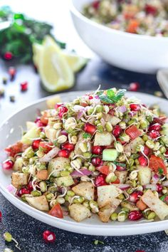 Give this wholesome Mung beans sprouts salad a try that is packed with all kinds of goodness, tons of flavor, & great texture. Full of nutrition, Vegan & loaded with veggies. Bean Sprout Salad, Sprouts Salad, Bean Sprouts, Bean Salad, Mixed Vegetables, Veggies, How To Make Sprouts, Balanced Breakfast, Recipes