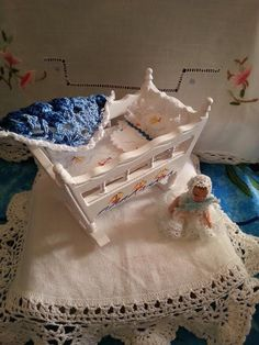 Dolls house  112  Cradle for baby by LaboratoriodiManu on Etsy, €25.00