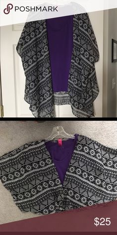 Black and white shrug Shrug Accessories Scarves & Wraps