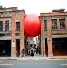 Kurt Perschke - The RedBall Project  For some reason this just makes me happy!