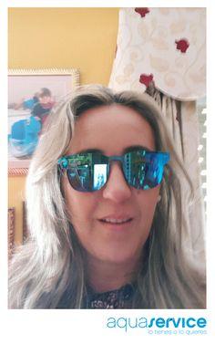 Qué bien le sienta a Sonia el azul Aquaservice. ¡Gracias por la foto! Ganadora de nuestro sorteo de verano. #aquaservice #lotienesoloquieres Mirrored Sunglasses, Sunglasses Women, Fashion, Prize Draw, Thanks, Events, Blue, Summer Time, Pictures