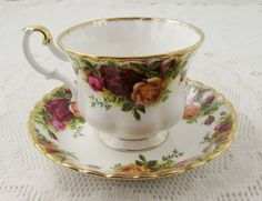 Royal Albert Old Country Roses tè tazza e piattino Vintage