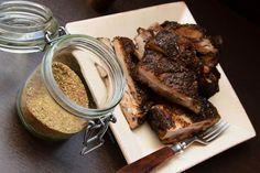 Vidéki konyha egyszerűen, de igényesen. A csalántól a szarvasgombáig minden. Food 52, Beef Recipes, Sausage, Pork, Meat, Minden, Drink, Meat Recipes, Kale Stir Fry