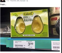 A Canadian grocery store has started selling avocadoes halved and peeled in plastic and cardboard packaging. Avocado Wrap, How To Cut Avocado, Fresh Avocado, Fruit Packaging, Plastic Packaging, Cannabis, Plastic Wrap, Marketing, Grocery Store
