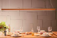 De Led40 van het Finse #Tunto is een minimalistische multifunctionele #design #lamp. Door de minieme kabels die ook de stroom toevoeren lijkt hij te zweven in de ruimte. Perfect boven een eettafel of bureau. Verschillende lengtes kleuren en afwerkingen. Dali Push Dim of Casambi aansturing. #modernlighting #designverlichting #tunto #scandinavischwonen