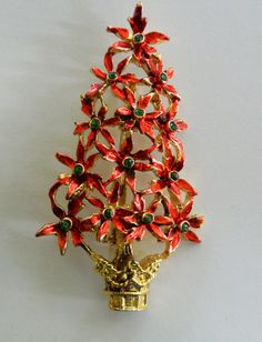 Vintage Poinsettia Christmas Tree Brooch by VintageObjectsShoppe, $10.00 Jewelry Christmas Tree, Jewelry Tree, High Jewelry, Christmas Tree Ornaments, Poinsettia Tree, Christmas Poinsettia, Very Merry Christmas, Christmas Trimmings, Christmas Barbie