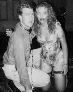 twin peaks - David Lynch and Sheryl LeeYou can find David lynch and more on our website.twin peaks - David Lynch and Sheryl Lee Elephant Man, David Lynch Movies, David Lynch Twin Peaks, Sheryl Lee, Laura Palmer, Between Two Worlds, French Films, Indie Movies, Cultura Pop