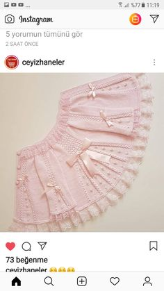 Kol altına 7 ilmek atın ve 1 sThis Pin was discovered by SelDiscover thousands of i Baby Knitting Patterns, Knitting For Kids, Lace Knitting, Baby Patterns, Knit Crochet, Lace Sweater, Yarn Shop, Baby Cardigan, Baby Sweaters