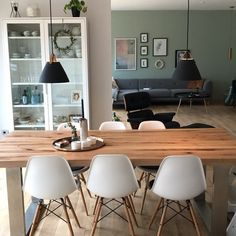 Our Nordlux Strap pendants looking  in this stylish dining room. Styled by @zuhause_am_see #lights #lighting #lightingdesign #diningroom #diningtable #homeinspo #homestyle #homestyling #homedecor #homedesign #interiors