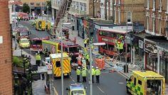 Varios heridos tras empotrarse contra una tienda de Londres un autobús de dos plantas