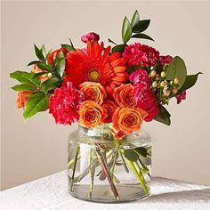 Colorful Wedding Centerpieces, Wildflower Centerpieces, Fiesta Party Centerpieces, Bright Wedding Flowers, Wedding Table Flowers, Floral Wedding, Summer Flower Arrangements, Late Summer Flowers, Mexican Flowers