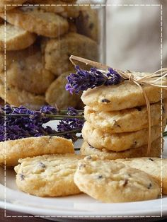 Valspar, Edible Flowers, Food To Make, Food And Drink, Sweets, Cookies, Baking, Recipes, Homeland