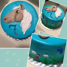 Birthday cake for my horseloving Girl ❤️ Birthday Cake, Tableware, Desserts, Treats, Kuchen, Tailgate Desserts, Dinnerware, Birthday Cakes, Dishes
