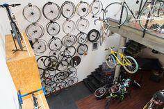 #bikeid #cycling #bike #road #dh #mtb #sport #shop #store #interiors #design #lapierre #look #wheels #corima #osb #interiors #poland #kraków #concrete #wood