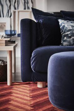 Zum reinkuscheln. Unser neues STOCKHOLM 2017 Sofa. Die ganze Kollektion findest du ab April in deinem IKEA.