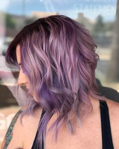 Side Swept Waves for Ash Blonde Hair - 50 Light Brown Hair Color Ideas with Highlights and Lowlights - The Trending Hairstyle Silver Purple Hair, Light Purple Hair, Hair Color Purple, Light Brown Hair, Light Hair, Brown Hair Colors, Dark Brown, Purple Hair Highlights, Caramel Highlights