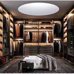 D42 closet