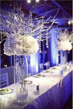 Simple Table Centerpieces For Weddings Electric Blue | visit www.lovelyweddingideas.com