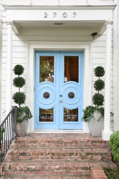 blue print blue front doors | boxwoods | dallas home store | antique furniture and modern lighting | blueprintstore.com