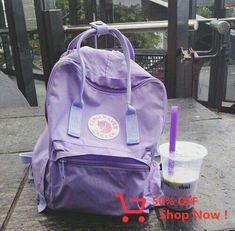 Lavender and pastel purple fjall raven kanken! Love the aesthetic Violet Aesthetic, Lavender Aesthetic, Aesthetic Colors, Aesthetic Clothes, Aesthetic Bags, Aesthetic Outfit, Aesthetic Girl, The Purple, Purple Stuff