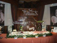 Drake Hotel, Club International, Wine Recipes, Presentation, Table Decorations, Food, Home Decor, Decoration Home, Room Decor