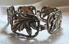 Vintage sterling Danecraft acorn bracelet