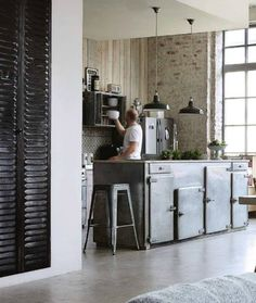 Modern and Industrial Loft Style Kitchen Industrial Living, Industrial House, Industrial Interiors, Industrial Style, Industrial Kitchens, Industrial Design, Industrial Bedroom, Industrial Office, Industrial Furniture