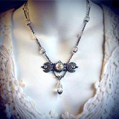 Triple collier déesse de lune, lunes croissant, pendentif triple lune, bijoux pagan, wicca, sorcière, déesse de la lune, wiccan bijoux en argent