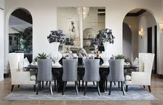 love this elegant and contemporary dining room...