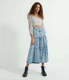Saia Midi Jeans com Botões Frontais e Babados Azul Waist Skirt, Midi Skirt, High Waisted Skirt, All Jeans, Fashion, Denim Button Up, Front Button, Ruffles, Vestidos