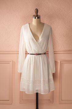 Laurencinia - White veil long sleeved wrap dress