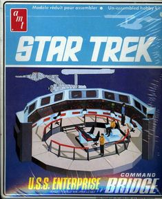 AMT Model kit Star Trek Model USS Enterprise Bridge Command Center circa About scale. Vintage Toys 1970s, Vintage Tv, Retro Toys, 1970s Toys, Star Trek Models, Sci Fi Models, Enterprise Model, Uss Enterprise, Star Trek Beyond