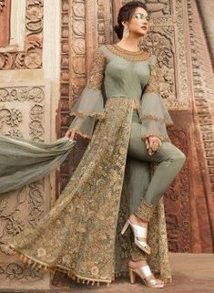 Indian dresses on sale: buy indian outfits & indian clothes online Indian Gowns Dresses, Indian Fashion Dresses, Dress Indian Style, Indian Designer Outfits, Party Wear Indian Dresses, Eid Dresses, Indian Wear, Wedding Dresses, Pakistani Dress Design