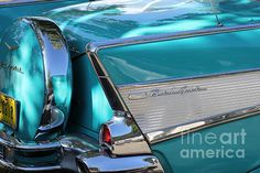 Chevrolet Belair Vintage car from the A true classic and still a beauty. Old Vintage Cars, Vintage Cartoon, Chevrolet Bel Air, Vintage Photographs, Vintage Images, Nostalgia Photography, Used Luxury Cars, 1950s Car, Chrome Cars