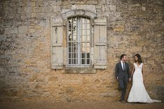 Stunning wedding at Chateau de la Bourlie in Dordogne, France, photo by Riz Pennington via junebugweddings.com
