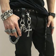 Punk Jewelry, Viking Jewelry, Rock Style, Chrome Hearts Ring, Designer Suits For Men, Punk Outfits, Biker Style, Wallet Chain, Mens Fashion