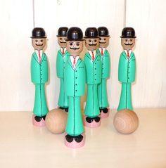 Juego de puntería: Set de bolos de madera Gentlemen. Juguetes de madera - Juego tradicional - Artesanía - Juego y coleccionismo