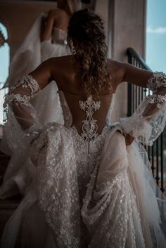 gown wedding dress by Galia Lahav. A Latin Queen - exquisite back detailing Ball gown wedding dress by Galia Lahav. A Latin Queen - exquisite back detailing.Ball gown wedding dress by Galia Lahav. A Latin Queen - exquisite back detailing. Wedding Dress Trends, Gorgeous Wedding Dress, Dream Wedding Dresses, Bridal Dresses, Wedding Gowns, Civil Wedding, Queen Wedding Dress, Queen Dress, Courthouse Wedding