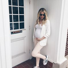 Lauren Loves: Pastel Pink Skinny Maternity Denim for Day and Night featuring Seraphine http://www.bigblondehair.com/my-style/lauren-loves-pastel-pink-maternity-denim-for-day-and-night/ Maternity Fashion and Style Blogger