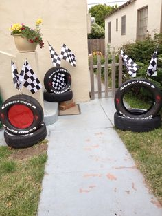 Disney cars party decoration idea!