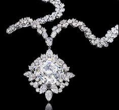 Diamond Necklaces : Harry Winston asscher cut pendant diamond necklace | More here: mylusciouslif