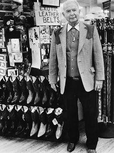 PARKER'S WESTERN WEAR: Celebrities from Clark Gable