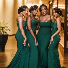HOW TO WEAR AFRICAN BRIDESMAID DRESSES IN 2021? Emerald Green Bridesmaid Dresses, African Bridesmaid Dresses, Cheap Bridesmaid Dresses Online, Emerald Green Weddings, Mermaid Bridesmaid Dresses, Black Bridesmaids, Wedding Dresses For Maids, Forrest Green Bridesmaid Dresses, Verde Jade