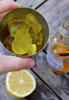 Making saffron martini