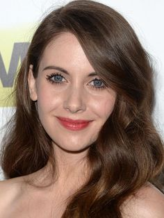 Mad Men Season 7 Premiere: The Best Celebrity Beauty Looks on the Red Carpet Alison Brie, Brown Bayalage, Hollywood, Cool Winter, Beauty Makeup, Hair Beauty, Boring People, Prettiest Actresses, Mad Men Fashion
