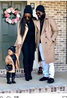 I Love Thick African Women Cute Family, Family Goals, Beautiful Family, Black Is Beautiful, Fall Family, Couple Goals, Family Portrait Outfits, Family Picture Outfits, Family Photos