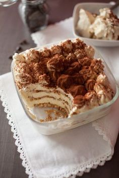 Tiramisù con oro saiwa e panna poly tiramisu, desserts, biscotti. Dessert Cake Recipes, Pie Dessert, Brownie Recipes, Easy Desserts, Fancy Sugar Cookies, Nutella, Brownie Cake, International Recipes, My Favorite Food